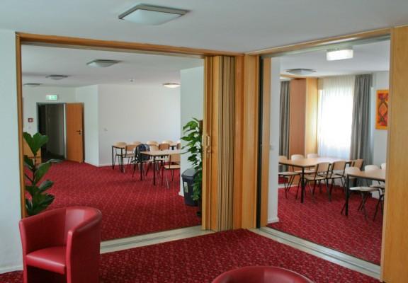 Lobby und Essbereich